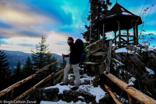 Aussichtspavillon am Latschigfelsen