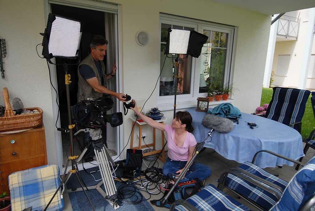 Dan Geller und Dayna Goldfine bei der Vorbereitung zu den Dreharbeiten ©bcmpress