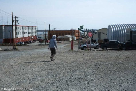 Blick auf die Hauptstraße von Rankin Inlet