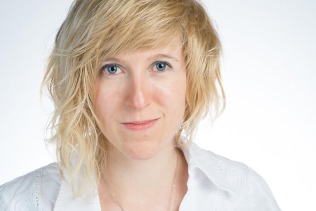 Die Autorin Farina de Waard, die den Indie Autorenpreis 2015 gewonnen hat