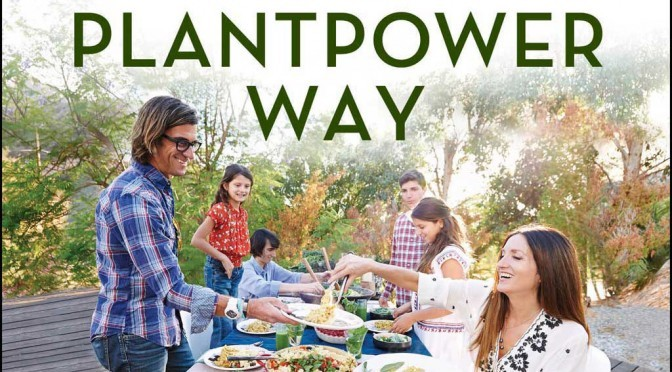 """Fit durch die Kraft der Pflanzen – Buchrezension """"The Plantpower Way"""" von Rich Roll und Julie Piatt"""