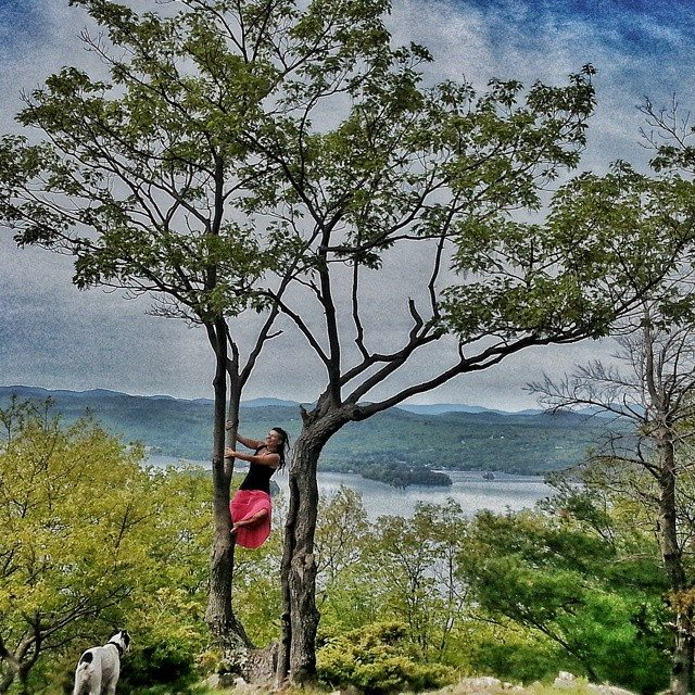 Jeder Tag ein Abenteuer - ob Schreiben, Laufen oder auf Bäume klettern