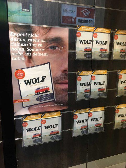 Der WOLF geht um - wie hier am Hauptbahnhof in Stuttgart