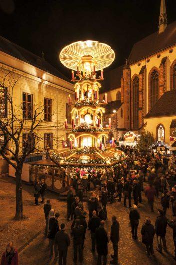 Die Weihnachtspyramide Foto: Basel Tourismus